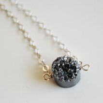 Beautiful Silver Titanium Druzy Quartz Pendant Necklace with Ste