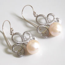 Pearl Wedding Earrings- Wedding Jewelry- Bridal Jewelry-Fresh Wa