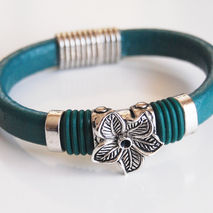 Teal Green Licorice Leather And Flower Slider -Green O ring Brac