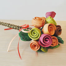Ceramic rose bouquet