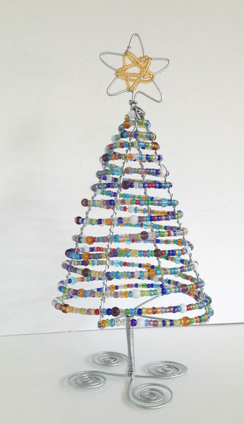 Christmas Tree - Handmade Beaded Wire Art - Zenda -African bead and wire  art - PinkLion