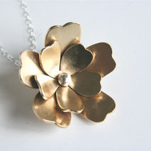 Pretty Brass Flower Necklace