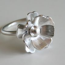 Fancy Silver Merigold Flower RIng
