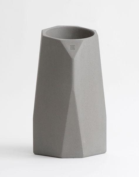 Corvi concrete wine cooler intoconcrete pinklion for Concrete wine cooler