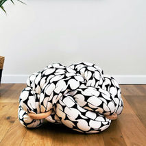 Knot Floor Cushion (Black & White)