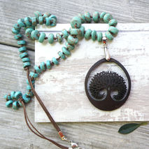 HOLLOW TREE NECKLACE