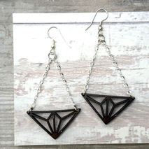 GEO TRI DELTA EARRINGS