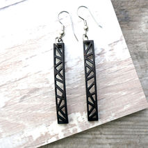 SKINNY RECTANGULAR PANEL EARRINGS